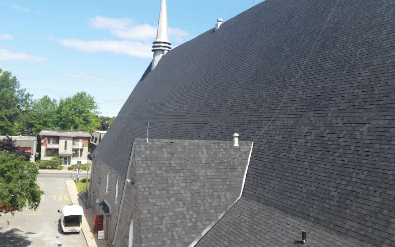 Faire installer votre toiture en bardeaux GAF par Toiture MKVC Prestige